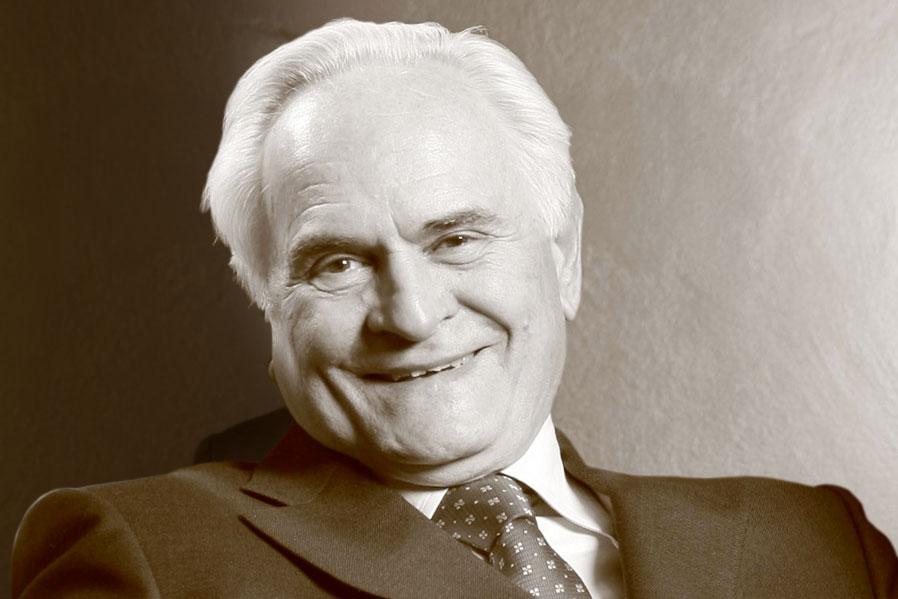 Pino-Colombo-Presidente-Montefarmaco